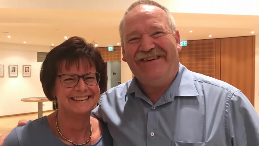 Martina Hoffmann, Ortsbürgermeisterkandidatin in Hochdorf-Assenheim und MdL Johannes Zehfuß